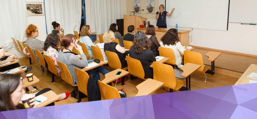 קורס מקצועי לבנית וכתיבת בלוג הפרלמנט מאת יונית צוק הבלוגריסטית