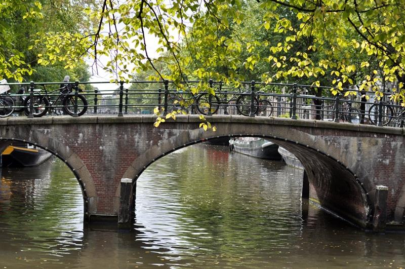 אמסטרדם היפה יונית צוק כנס בלוגרים