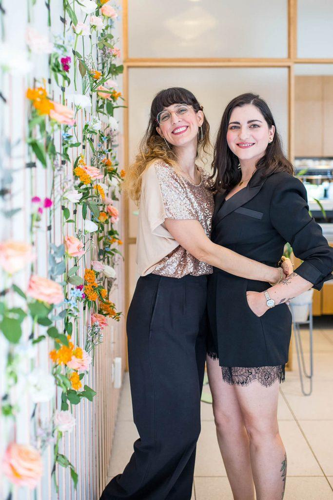 יונית צוק הבלוגריסטית מראיינת את לובה שרגא ממגזין הלייף סטייל ובלוג הלייף סטייל fashion tails