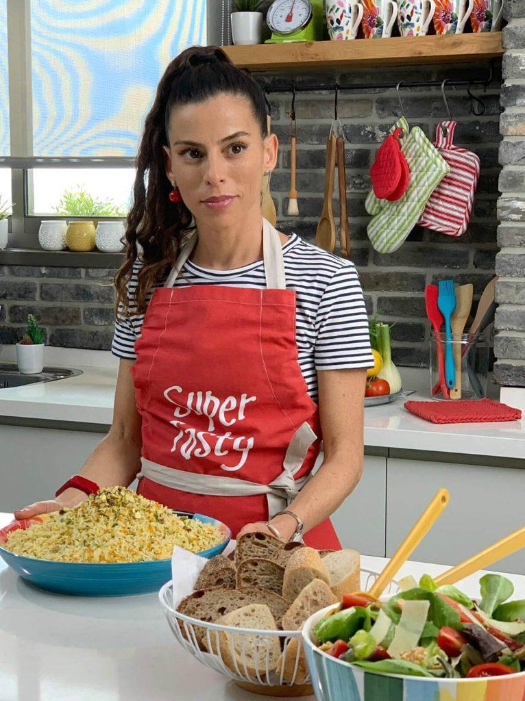 טליה הדר אשת סטייל בלוג אוכל ואירוח בראיון בפודקאסט של יונית צוק BLOG YOUR DREAM על עולם הבלוגים המופלא